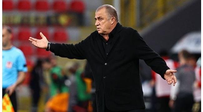 Son dakika:Fatih TerimGalatasaraylı oyuncularla vedalaştı! İlk transfer ve gidecek isimler belli oldu